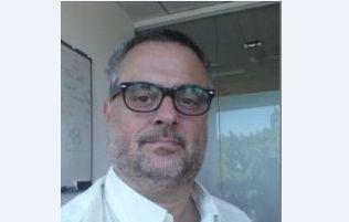 """Conferencia de Daniel Musciano : """"Diseño profesional de circuitos integrados para el mercado global"""""""